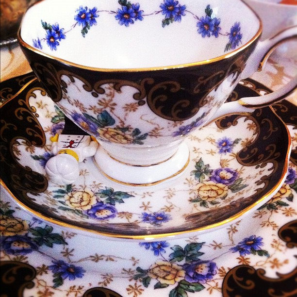 092-Getting lost in some Royal Albert 1910 bone china