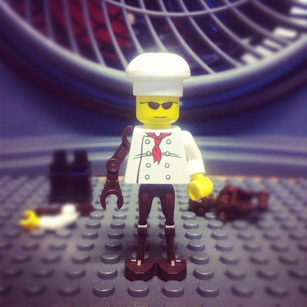 099-Cyborg LegoChef or more like Cybored